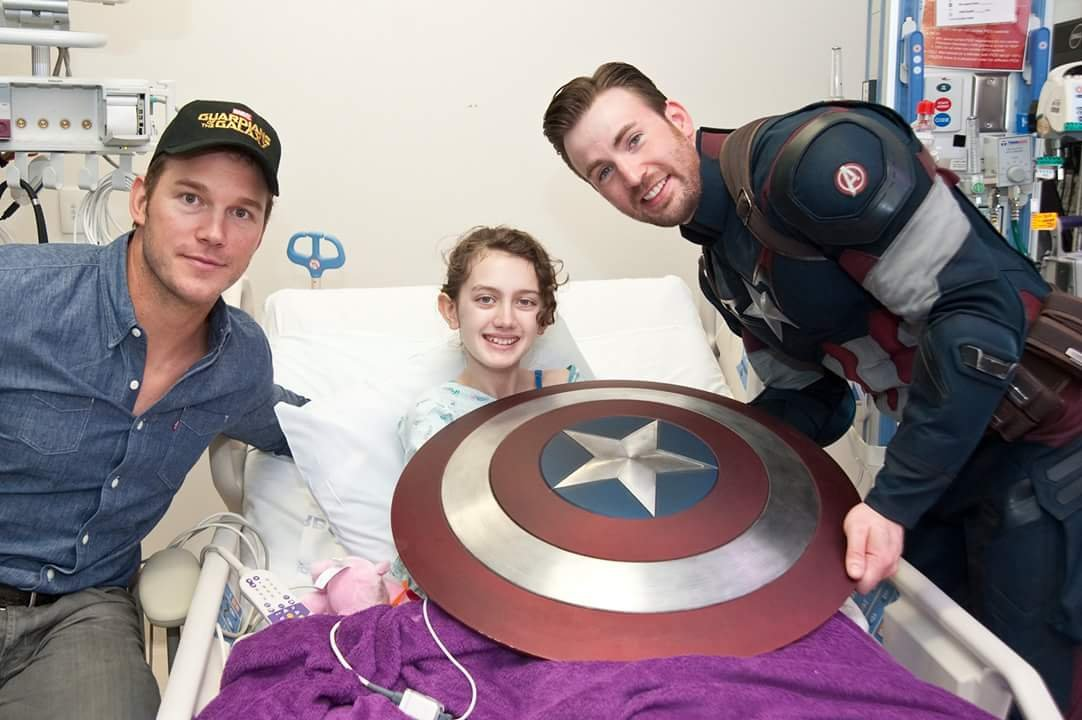 Captain America visits hospital